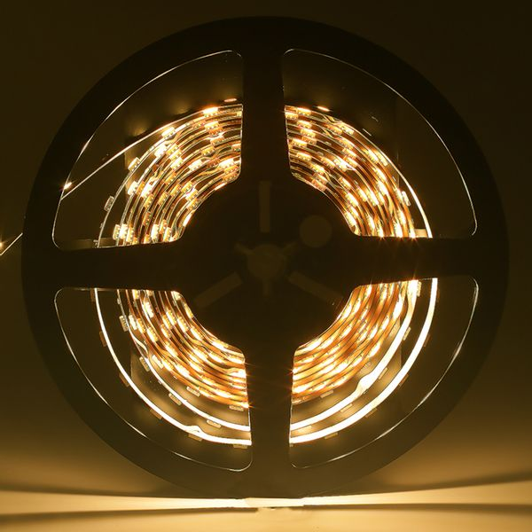 Fita-LED-Profissional-Branco-Quente-para-uso-interno-com-CRI-85.-Rolo-5-metros-72W-1600-lumens-01