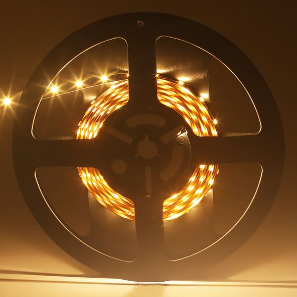 Fita-LED-Profissional-Branco-Quente-para-uso-interno-com-CRI-85.-Rolo-5-metros-60W-1200-lumens-01