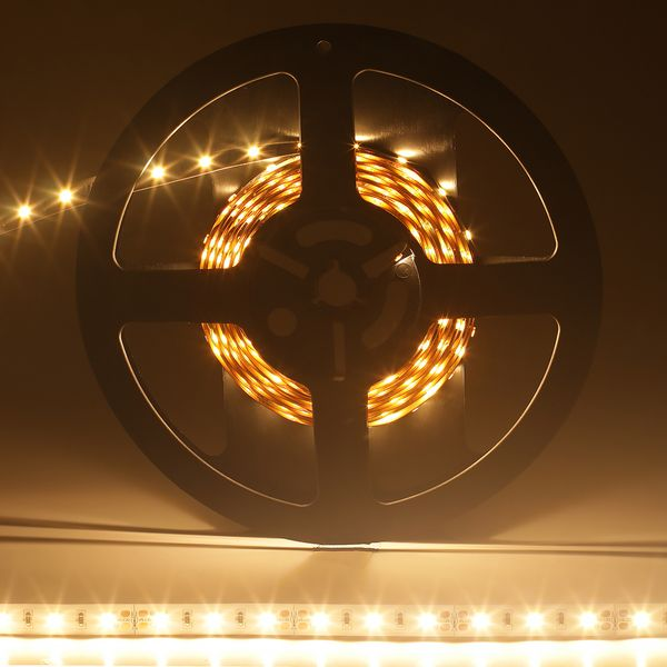 Fita-LED-Profissional-Branco-Quente-para-uso-interno-com-CRI-85.-Rolo-5-metros-60W-1200-lumens-02