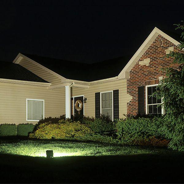 Refletor-de-LED-30W-com-sensor-de-presenca-Golden-Bivolt-Ultra-LED-SMD-04
